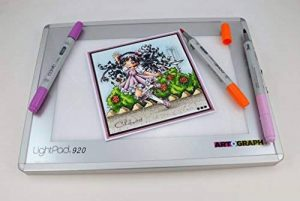Artograph AR225-922 Lightpad A920 Table Lumineuse Blanc 15 x 23 cm Taille A5 de la marque Artograph image 0 produit