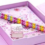 Cahier enfant fille petit ensemble de cahiers et de papeterie rose a motif papillon de la marque Mousehouse Gifts image 2 produit