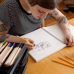 Colore # 2 Crayons avec des gommes à effacer - Haute Qualité en graphite HB / No 2 Crayon en bois jaune - Équipement important pour l'école d'Art, pour l'écriture, le dessin et l'esquisse avec caoutchouc - Convient aux enfants et aux adultes - 144 pièces. image 3 produit