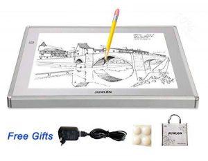 JUNLON A4 Aluminium Tablette Lumineuse LED Light Pad Box Table de Traçage pour Traçage Dessin Artistes Pochoir Artisanat Traçage d'Animation Extrêmement Lumineux Luminosité Réglable Table Lumineuse de la marque JUNLON image 0 produit
