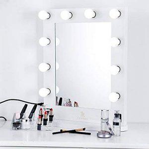LUVODI Miroir Maquillage lumineux Grand Miroir de Table Hollywood 10 LED Intensité Réglable Miroir Mural Cadre en Bois et Base Amovible Design Artistique pour Coiffeuse 50 x 66cm Blanc de la marque LUVODI image 0 produit