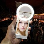Selfie Ring Light Rechargeable, Carryme USB Rechargeable Portable 36 LED Clip On White Beauty Flash Fill In Light Outdoor Webcast Indispensable Eclairage complémentaire Night Enhancing Dimmable Cellphone Camera Spotlight Photography Prenez les Selfies en image 4 produit