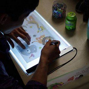 Tablette de Dessin Lumineuse LED Acrylique A4 Pour Enfants, Planche à Dessin A4 Panneau Tablet Dessin Table à Dessiner Plaque, Super Mince, Alimenté par USB, Luminosité Réglable Librement. de la marque CGBOOM image 0 produit